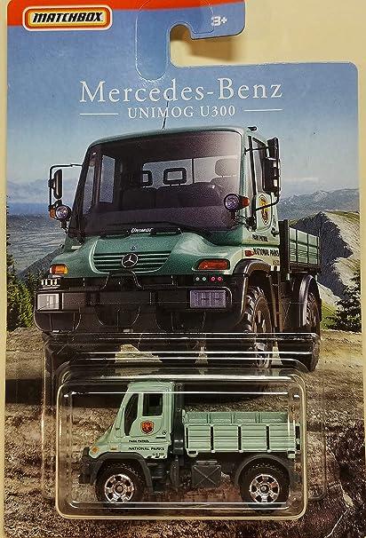 Amazon Com Matchbox 2018 Mercedes Benz Unimog U300 Patrol Truck