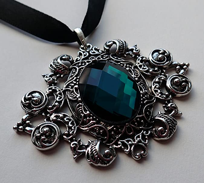 Black gothic pendant on chocker length ribbon with toggle clasp change the ribbon and it becomes very masculine