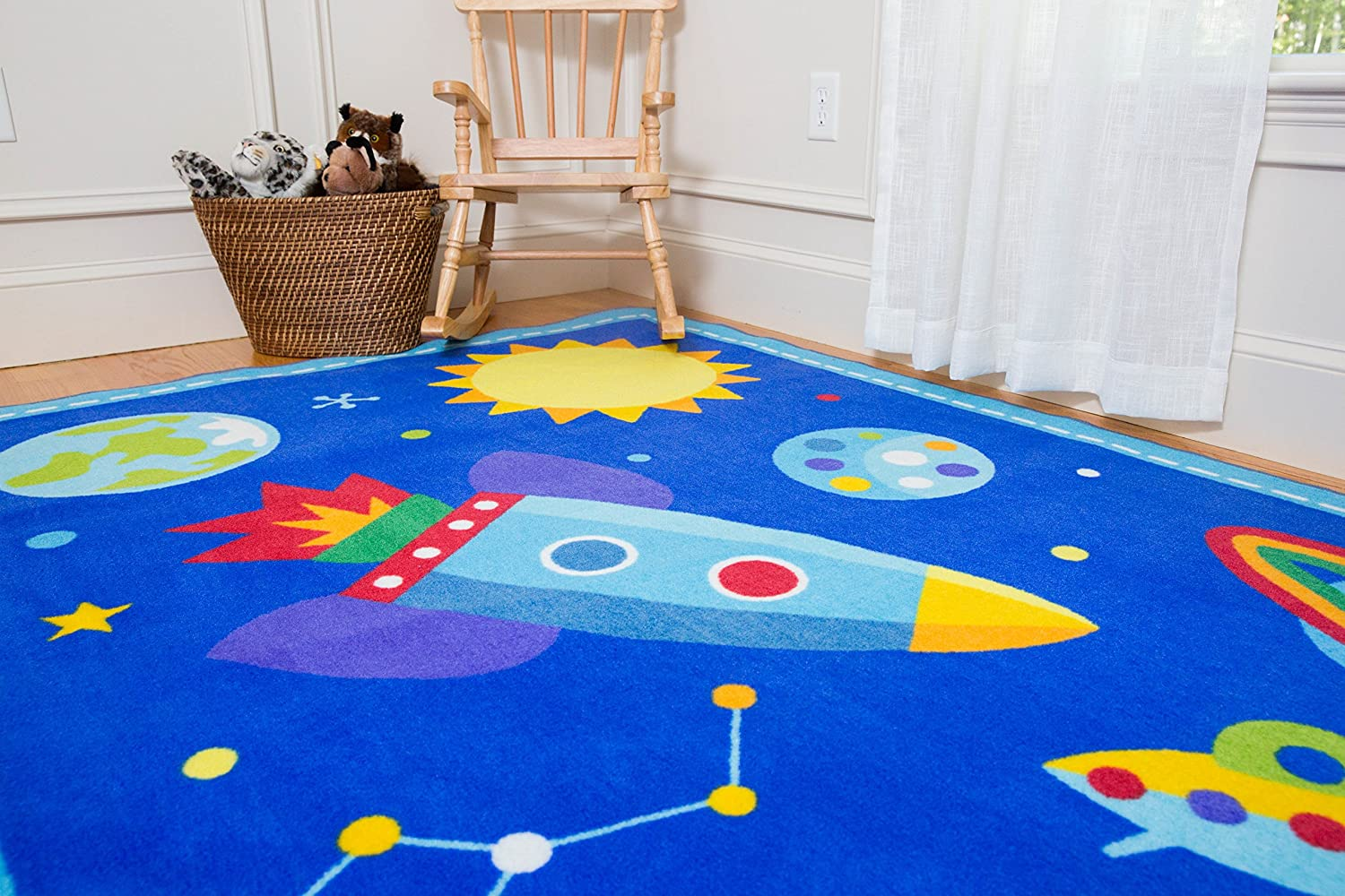 Vibrant Colors Wildkin 39x58 Inch Rug Olive Kids Design Coordinates with Other Room D/écor Horses 600696 and Skid-Proof Backing Features Durable Design