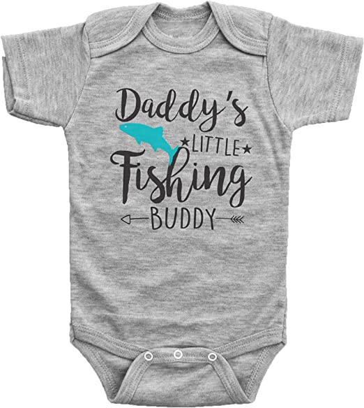 Baby Bib Boy//Girl Daddys Fishing Buddy Size Baby Shower\Gift Newborn