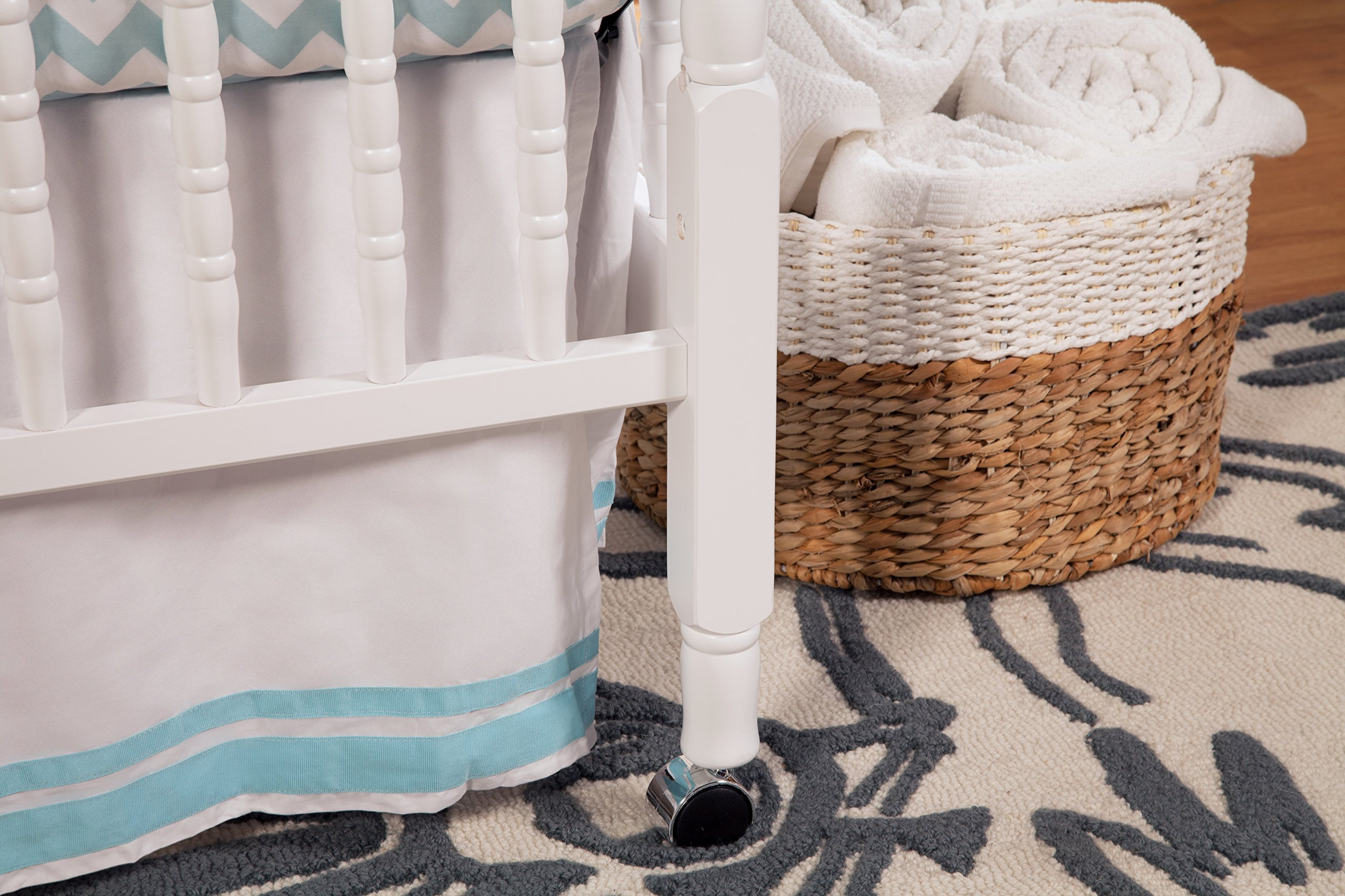 DaVinci Jenny Lind Stationary Crib, White by DaVinci (Image #6)