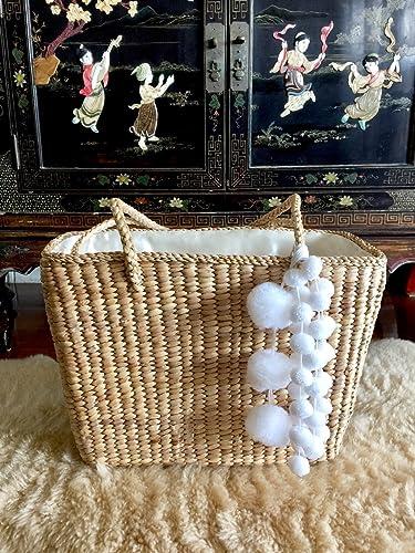 Amazon Com Pom Pom Straw Bag Handwoven Straw Bag Straw Bags And