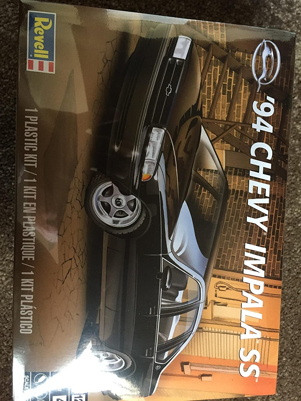 Revell 85-4480 94 Chevy Impala SS Model Car Kit