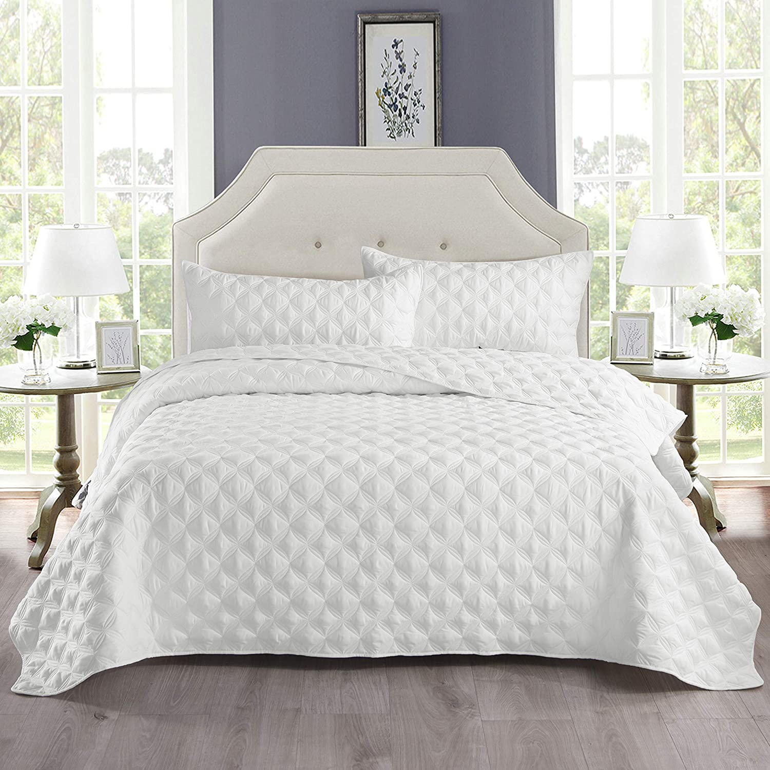 Exclusivo Mezcla 3-Piece Queen Size Quilt Set with Pillow Shams, as Bedspread/Coverlet/Bed Cover(Ellipse White) - Soft, Lightweight, Reversible and Hypoallergenic