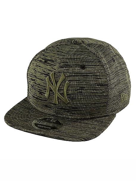 Amazon.com   New Era 9Fifty Snapback Engineered Cap - NY Yankees ... ebf3a47faf