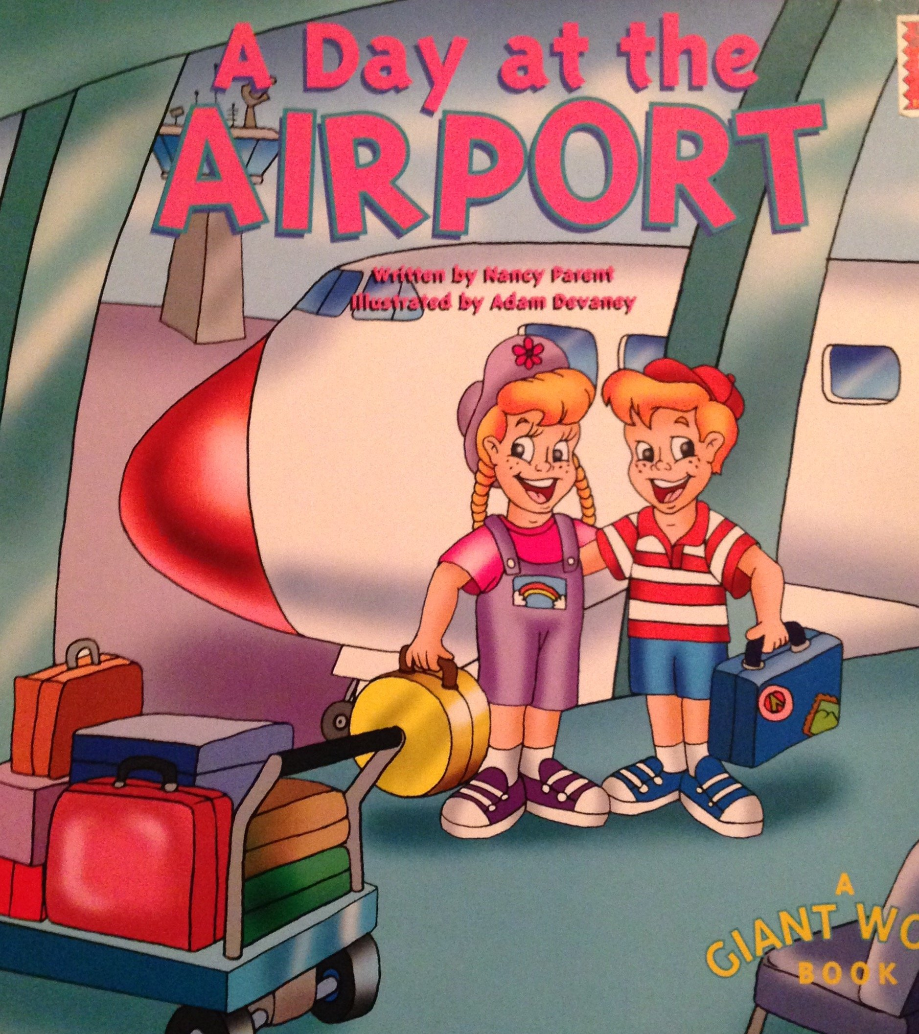 A Day at the Airport (A Giant Word Book) PDF