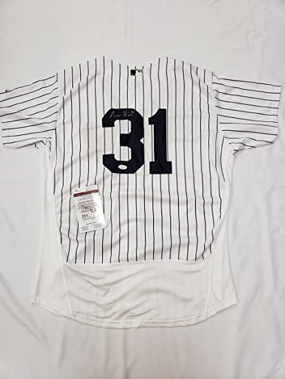 Aaron Hicks Autographed NY Yankees Jersey at Amazon s Sports ... 6f381147715