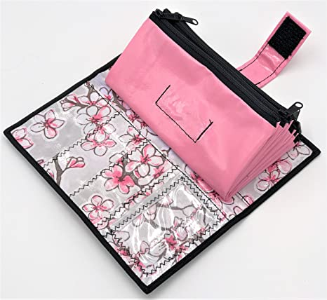 amazon com cute pink and white oilcloth envelope system wallet for