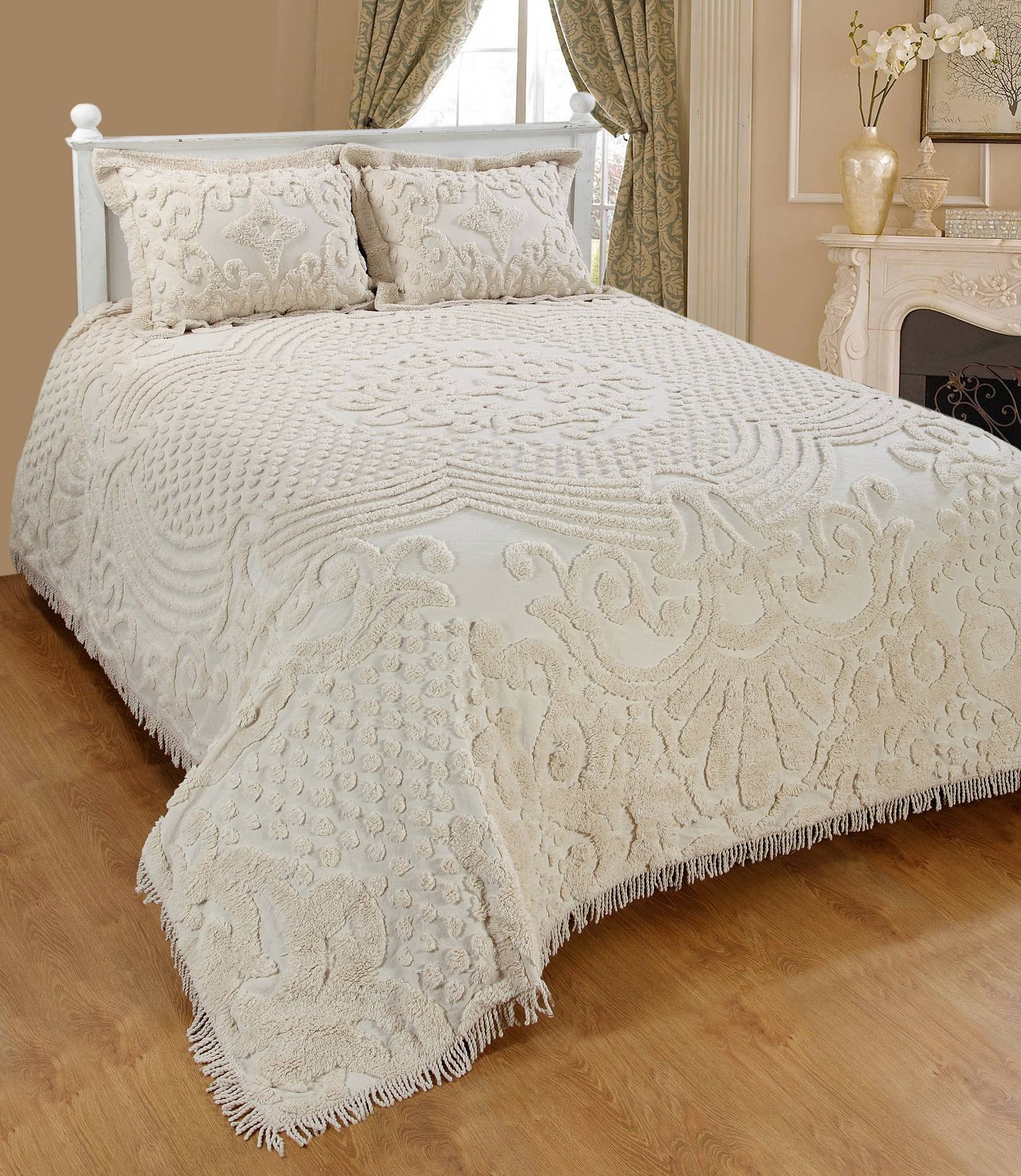 Saral Home Fashions Jewel Chenille Bedspread Sham, King, Ivory (Bedspread-118x118 inches, Sham-26x20+2 inches)