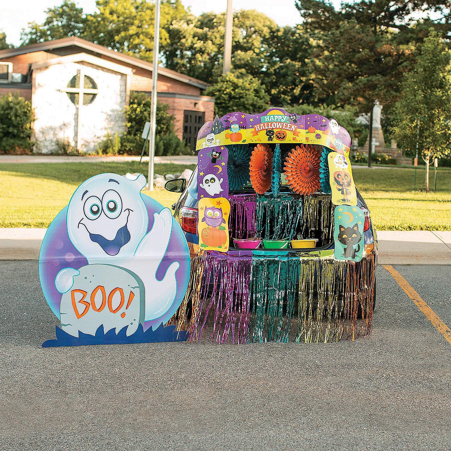 Amazon Com Trunk Or Treat Deluxe Decorating Kit For Halloween Toys Games
