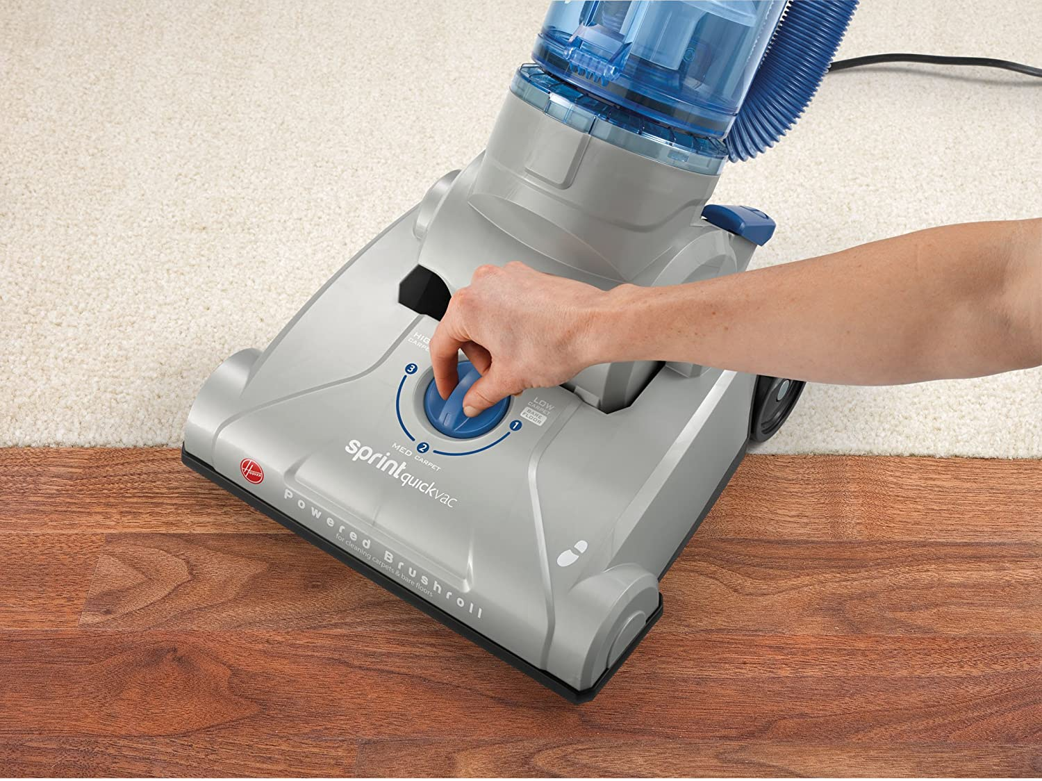 Hoover UH20040 Sprint QuickVac Bagless Upright