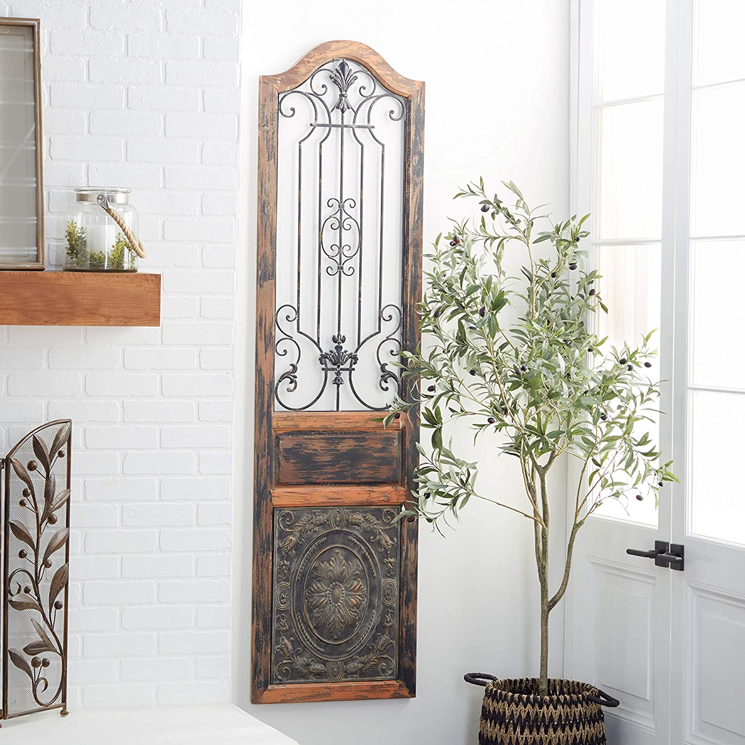 Amazon Com Deco 79 Rustic Arched Door Inspired Wood And Metal Wall Decor 72 H X 19 L Distressed Chestnut Brown Finish Home Kitchen
