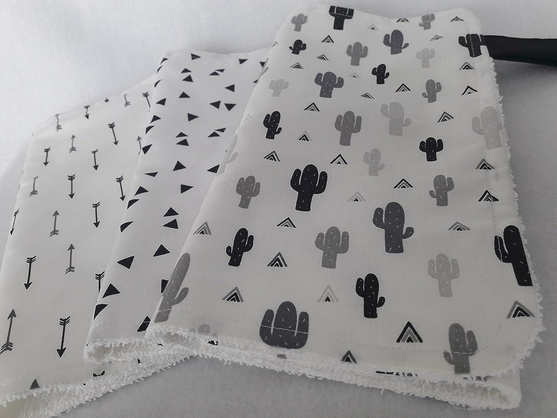 LenaLand Spucktuch-3er-Set Kaktus, Triangel, Pfeile monochrom schwarz weiss