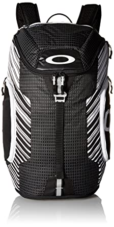 dcf1dcf8bb4 Amazon.com  Oakley Mens Link Backpack One Size Black White  Clothing