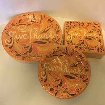 Thanksgiving Disposable Plates And Napkin Bundle of 3 Large Plates Small Plates Large & Amazon.com: Thanksgiving Disposable Plates And Napkin Bundle of 3 ...