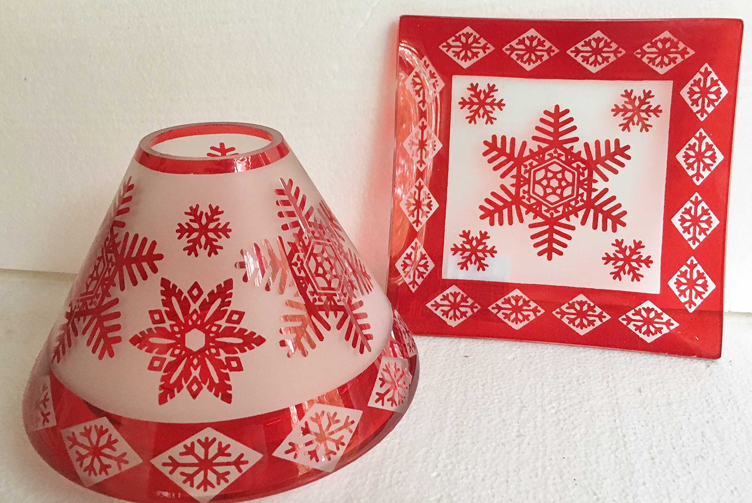 Yankee Candle Red Star Snowflake Holiday Jar Candle Shade Topper and Tray/Plate