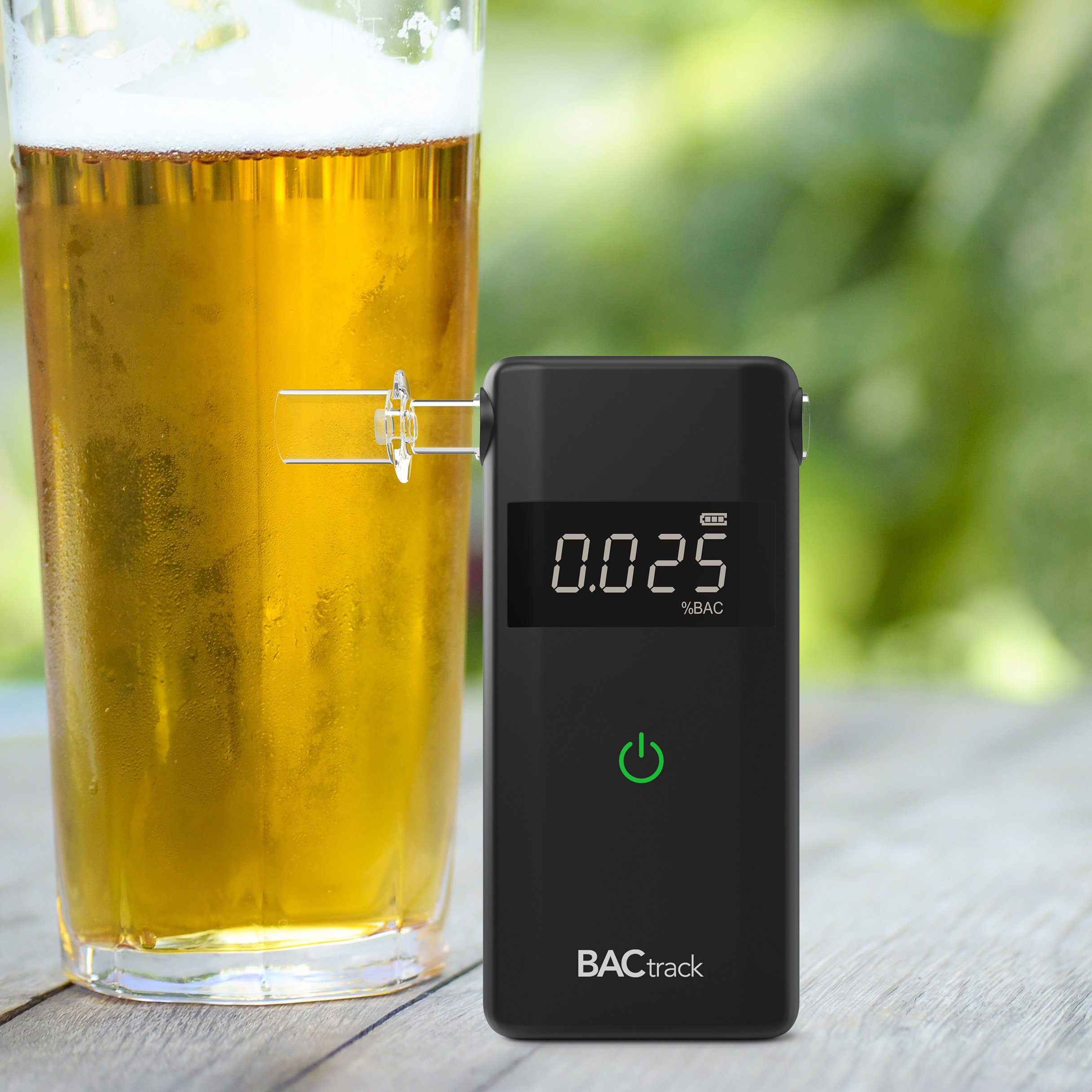 BACtrack Scout Professional Breathalyzer, Portable Breath Alcohol Tester by BACtrack (Image #4)