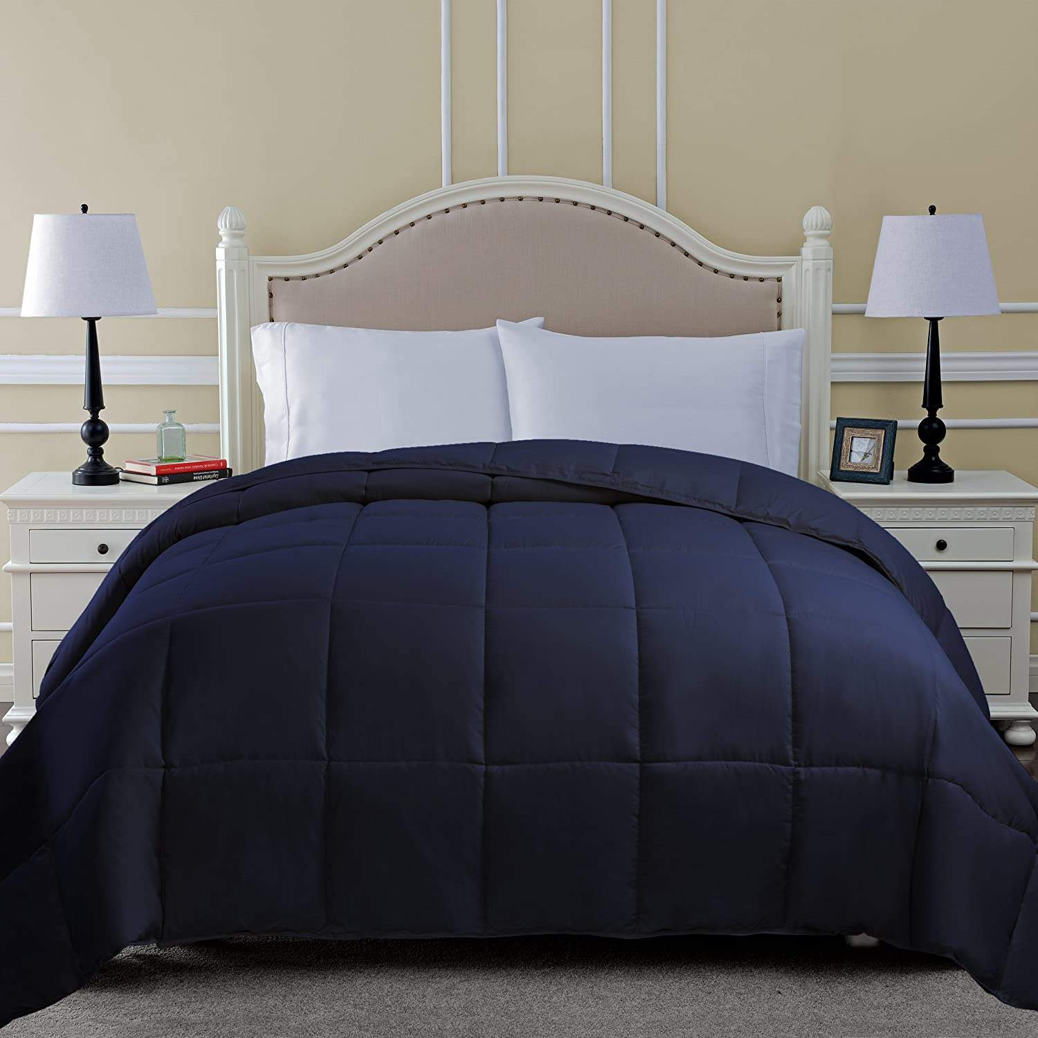 Amazon com superior classic all season down alternative comforter with baffle box construction king navy blue home kitchen