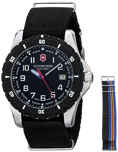 VICTORINOX SWISS ARMY MAVERICK DEPORTE GRAN RELOJ DE CUARZO DE ACERO 241674.1: Victorinox Swiss Army: Amazon.es: Relojes