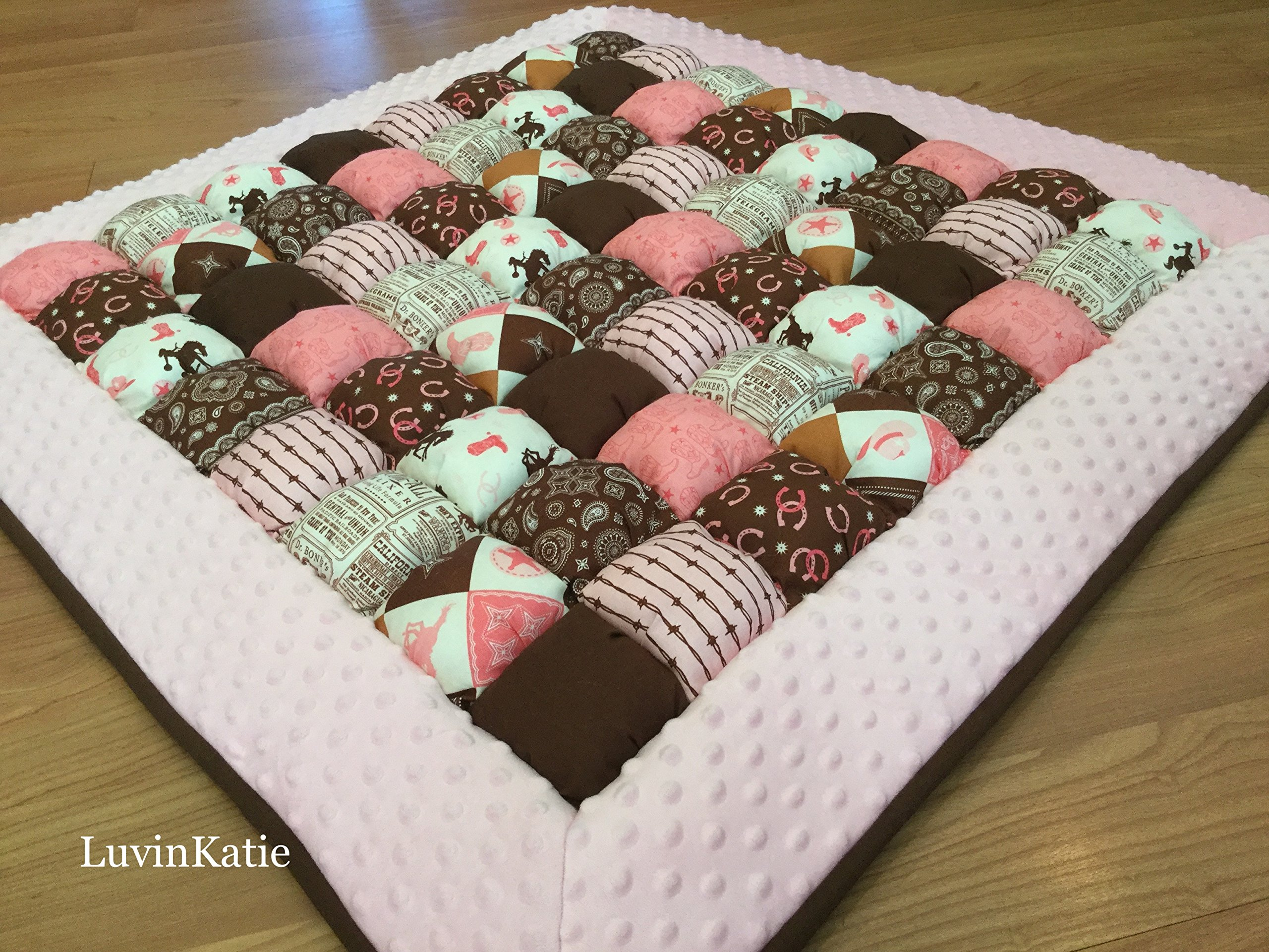 Bubble Puff Quilt Biscuit Quilt for Floor Time - Cowgirl Quilt