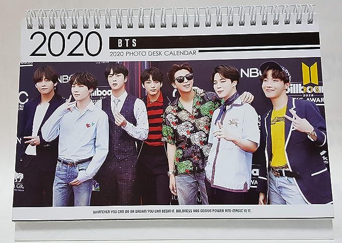 BTS Bangtan 2019-2020 Photo Desk Calendar + Gift (tarjeta de Instagram + etiqueta de holograma): Amazon.es: Oficina y papelería