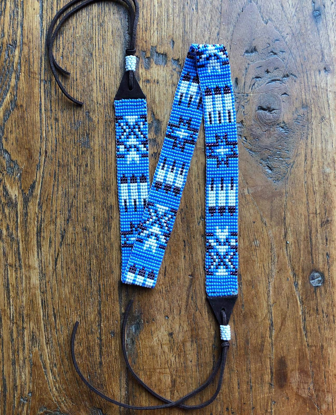 Mayan Arts Hat Band, Hatbands for Men and Women, Leather Straps, Cowboy Beaded Bands, White, Blue Paisley, Handmade in Guatemala 7/8'' X 21'' by Mayan Arts (Image #4)