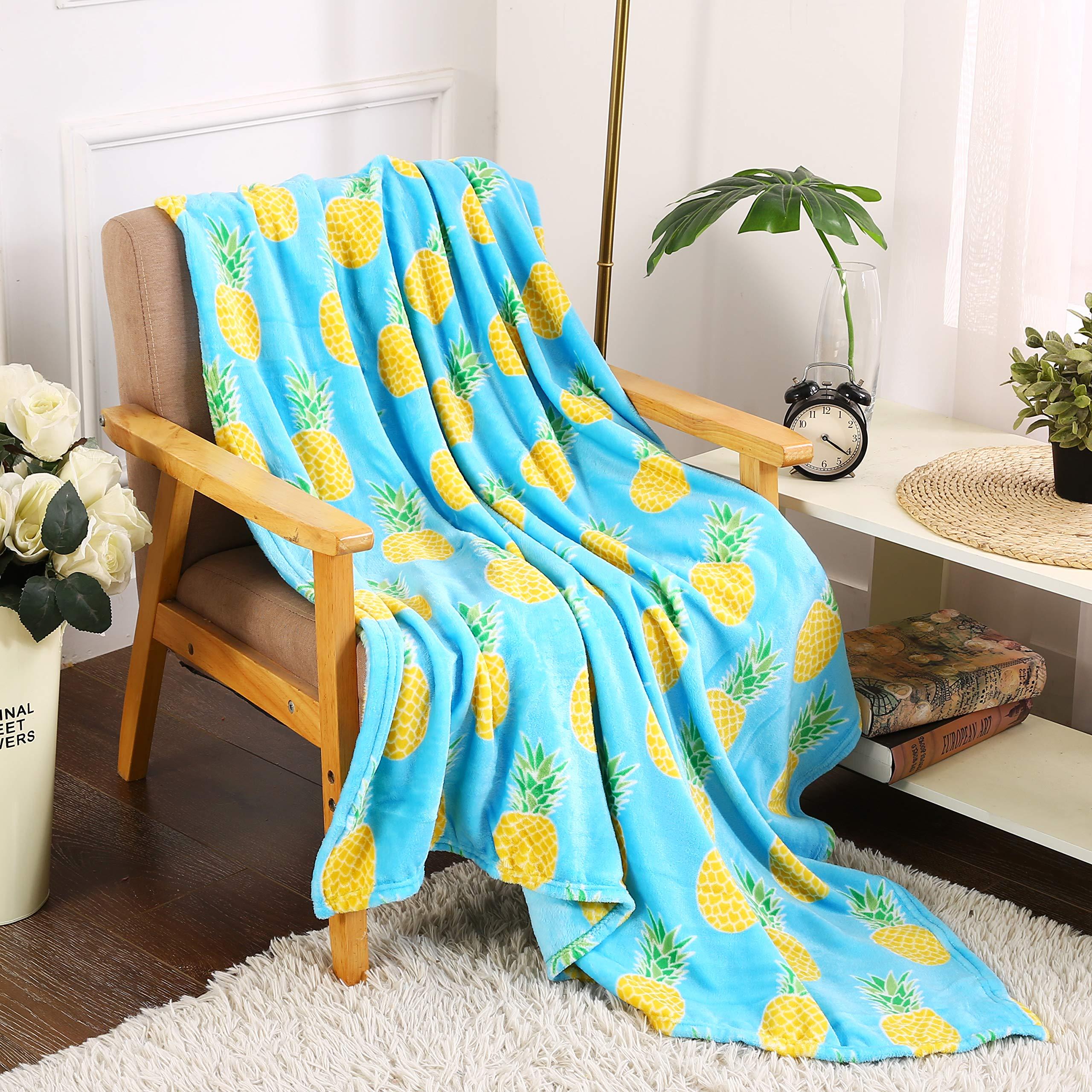 SummerTime Whimsy Plush Fleece Throw Blanket (50'' x 60'') - Pineapple by Décor&More (Image #4)
