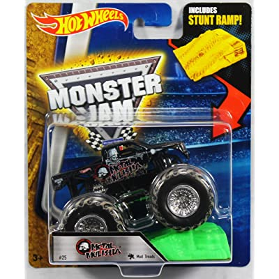Hot Wheels Monster Jam 1:64 Scale - Metal Mulisha with Stunt Ramp #25: Toys & Games