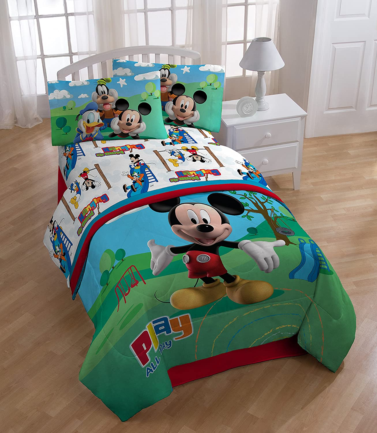 Amazon.com: Disney Mickey Mouse Club House \'Play\' Twin Comforter Set ...
