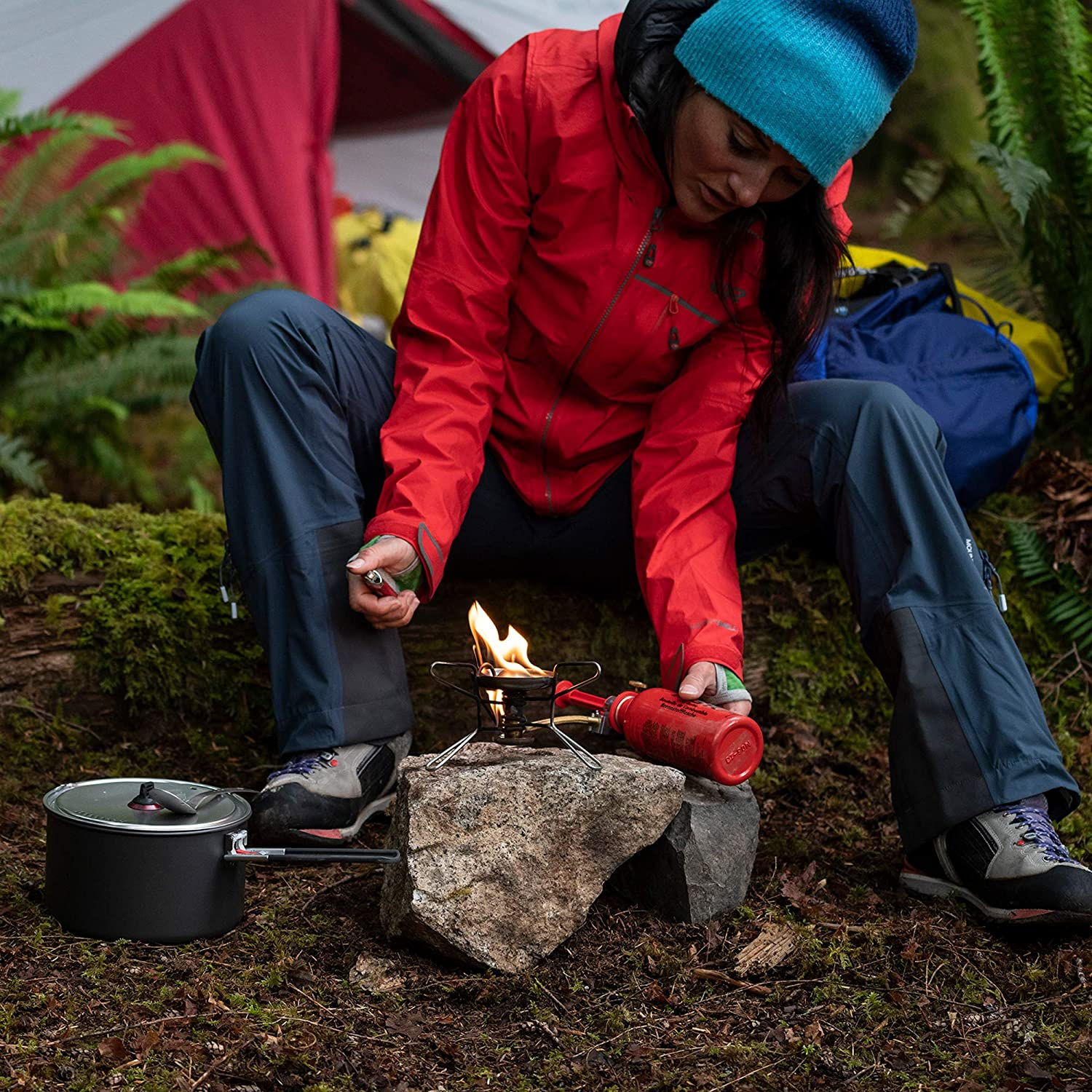 8c350a3c Amazon.com : MSR WhisperLite Portable Camping and Backpacking Stove :  Camping Stoves : Sports & Outdoors