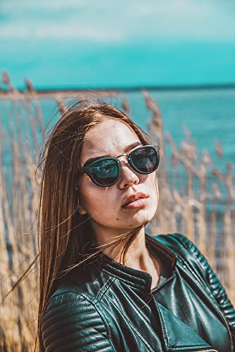 Classic Dark Womens Wooden Frames with Polarized Dark Lenses