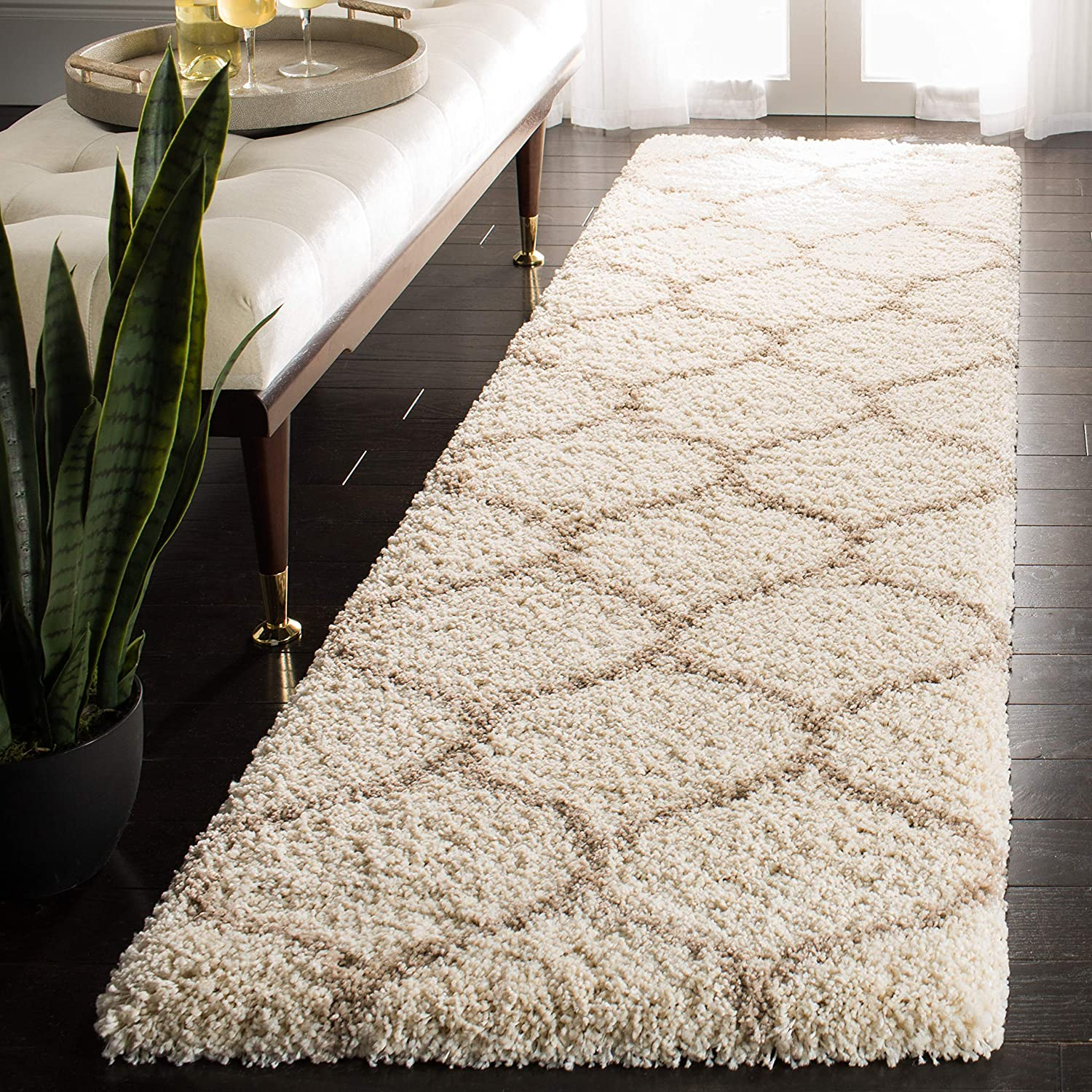 """Safavieh Hudson Shag Collection SGH280D Ivory and Beige Moroccan Ogee Plush Runner (2'3"""" x 6')"""