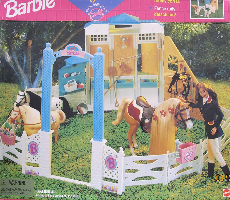 barbie coffret de jeu poup e barbie ranch et cheval dmr52. Black Bedroom Furniture Sets. Home Design Ideas