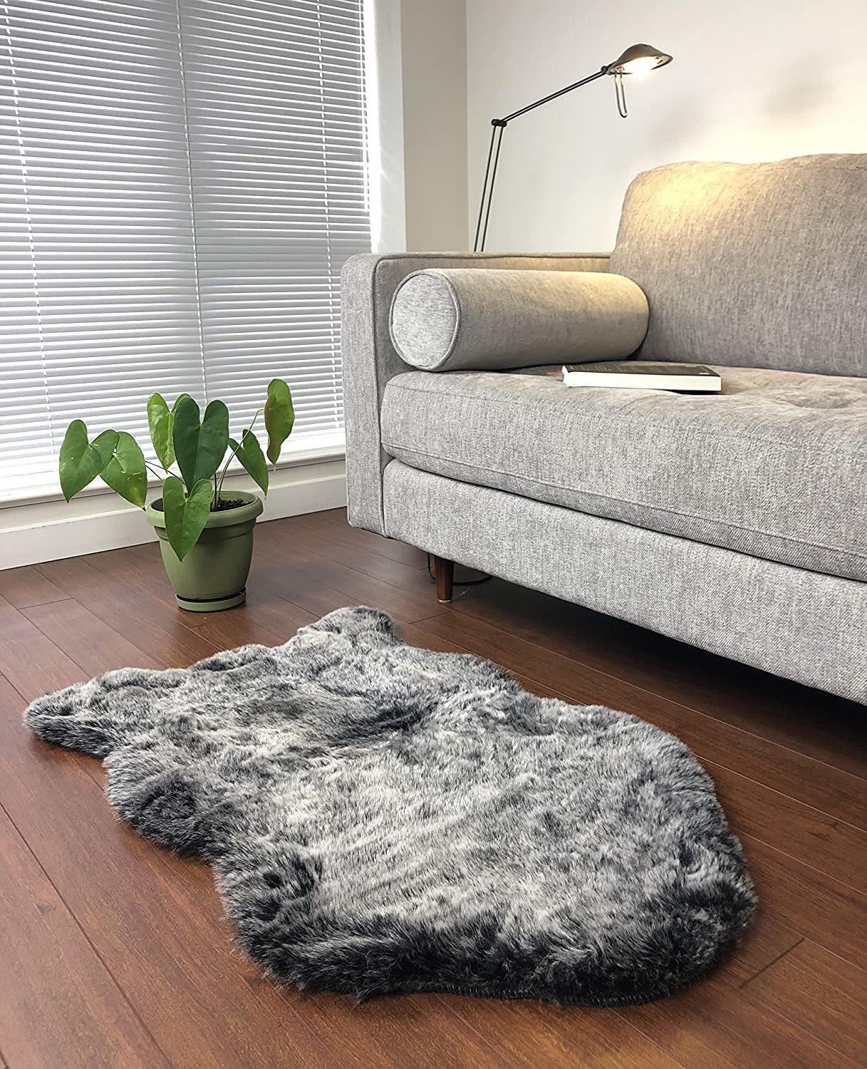24 x 40 Hugs Living Soft and Fluffy Faux Fur Rug Natural Grey