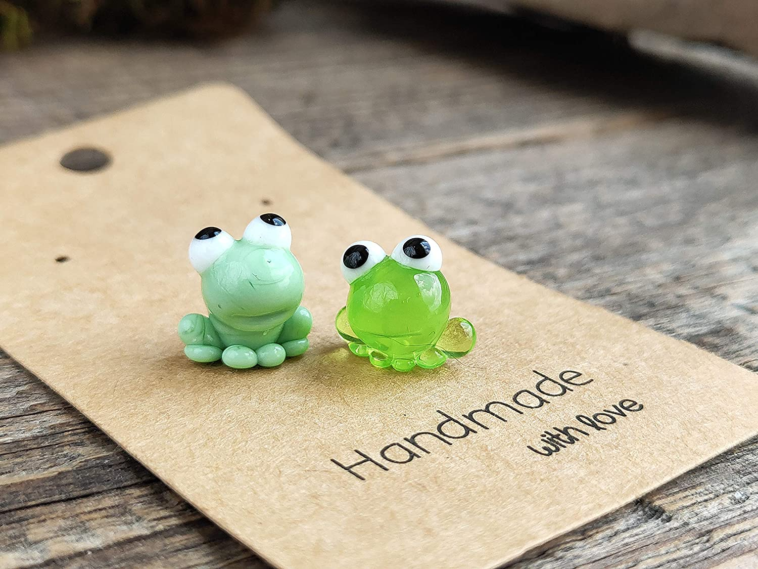 Frog gifts Frog figurine Tiny frog miniature small reptile figure Frog ornament Frog decor micro frog sculpture mini glass frog figurine