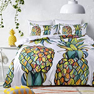 UniTendo 3 Pieces Tropical Pineapple Bedding Fruit Printed Colorful Bright Pineapple Duvet Cover Set White Bedding Sets Soft Fiber Bedding Sets, Queen Size.