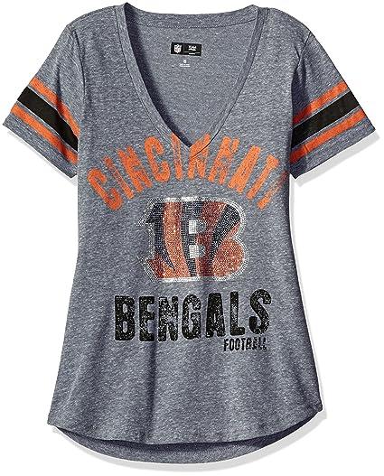 Amazon.com   GIII For Her NFL Women s Any Sunday Tee   Sports   Outdoors 168cc7fc8