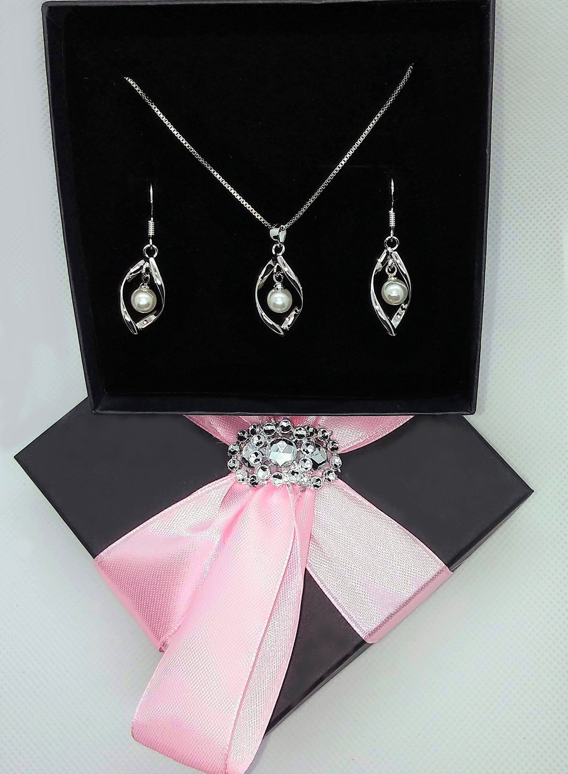 Maylena Belle Rhodium Plated Sterling Silver Cultured Freshwater Pearl Pendant Necklace and Earrings Set