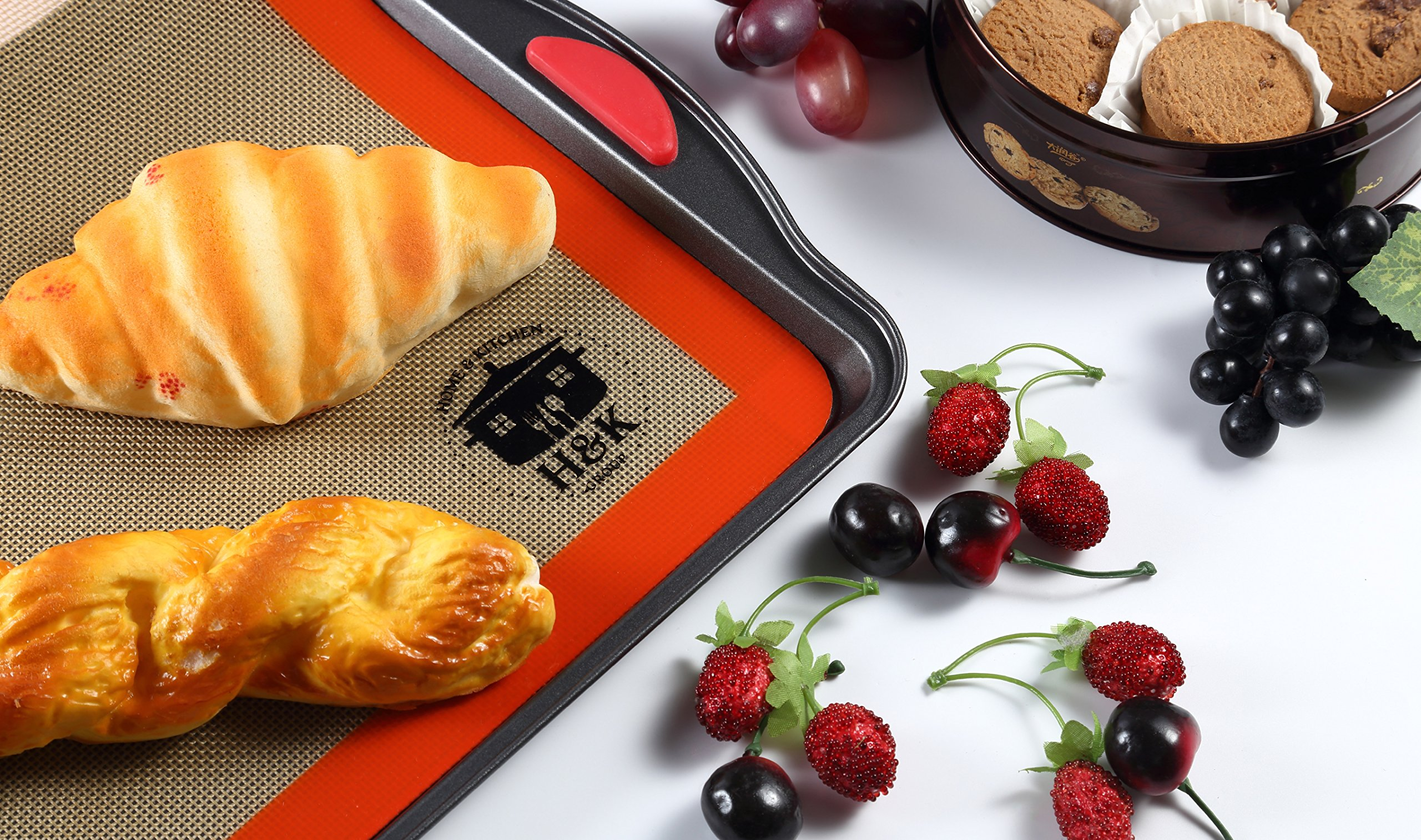 Home and Kitchen Group's Professional Grade Nonstick Silicone Baking Mat cum Tray Liners - Set of 2 - Kitchen Mat - Dishwasher and Oven Safe - FDA approved Environment Friendly Material