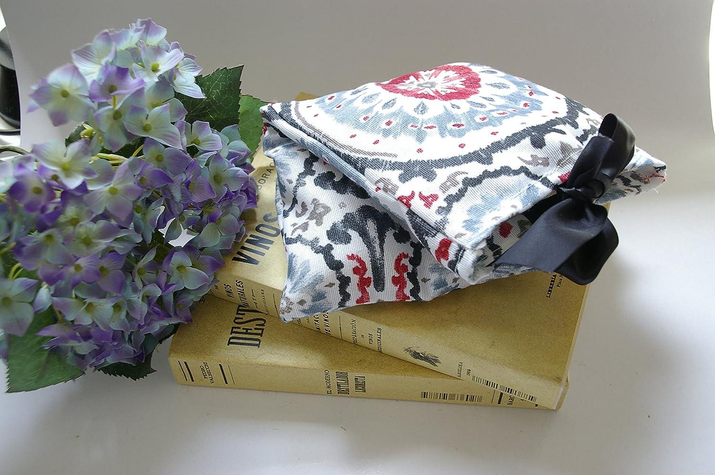 Saco térmico desenfundable en funda de tela de algodón blanca con mandala gris y roja. Relleno de Huesos de Cerezas o Semillas y con aroma a Lavanda, Eucalipto o Menta. (Semillas-Lavanda, 30_cm):