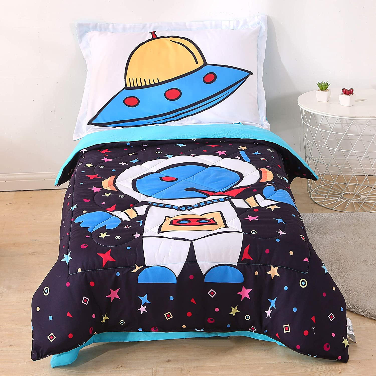 Wowelife Astronaut Toddler Bedding Set 4 Piece Black Toddler Bed Set with Comforter, Flat Sheet, Fitted Sheet and PillowcaseAstronaut)