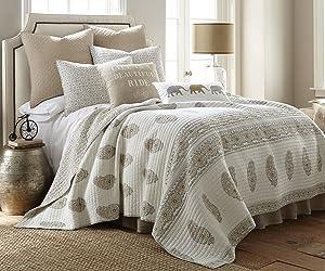 Levtex home Skylar Quilt, Full/Queen, Grey,Beige