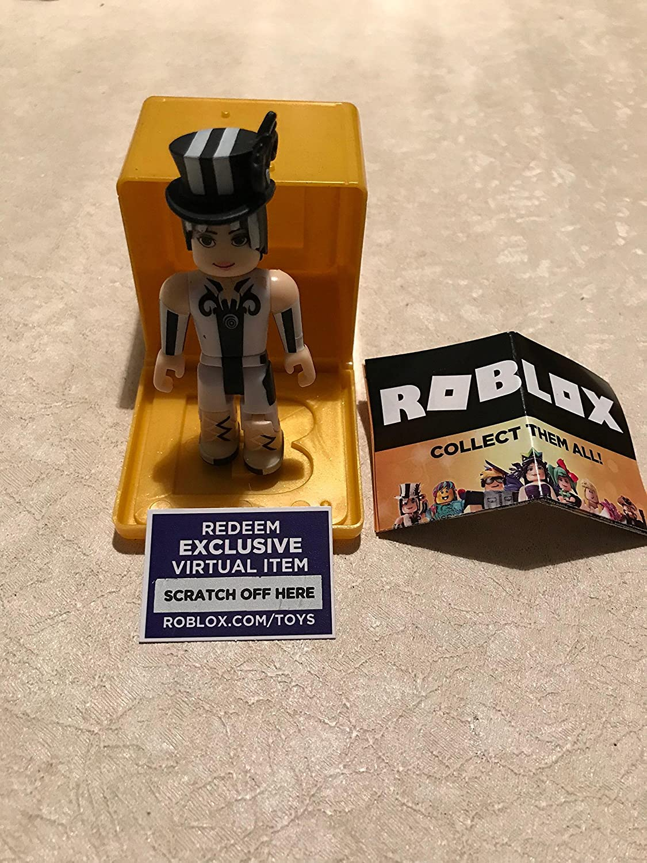 Roblox Gold Celebrity Series FuzzyWoo Caja misteriosa de Figuras ...