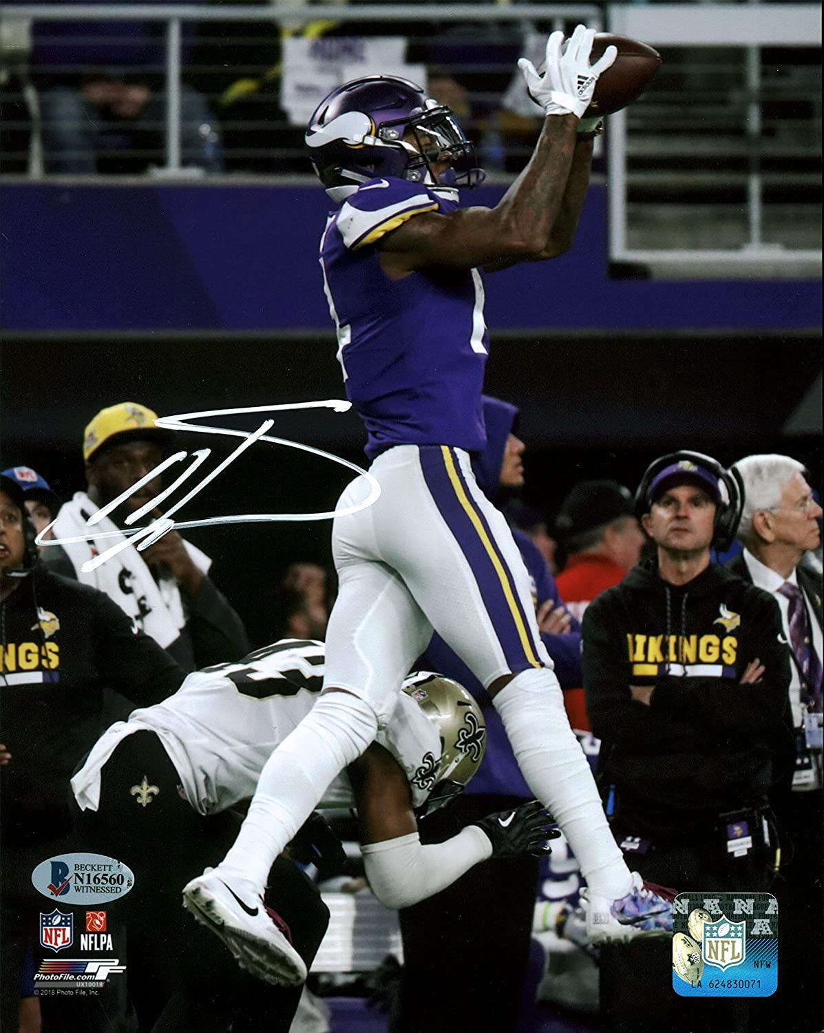 Vikings Stefon Diggs Authentic Signed 8x10 Minnesota Miracle Photo BAS Witnessed