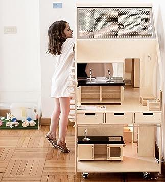 dollsvilla por Liliane líder de grupo Play por 4 – 6 niños. Diseño Holandés Liliane