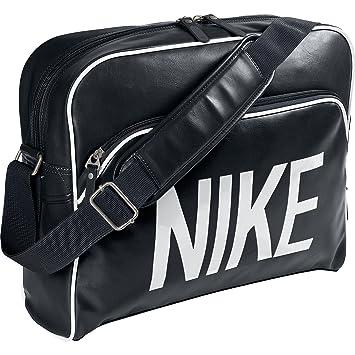 e5e3a58843 Nike (15