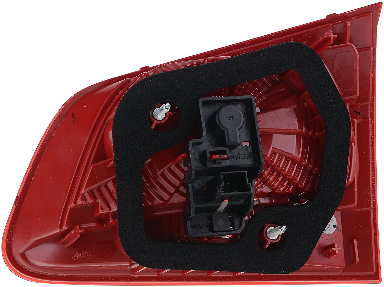Valeo 44720 Driver Side Boot OE Tail Light Assembly