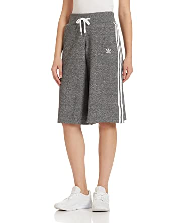 dea88c9ee605 adidas Originals Women 3-Stripe Short Culotte Pants at Amazon ...