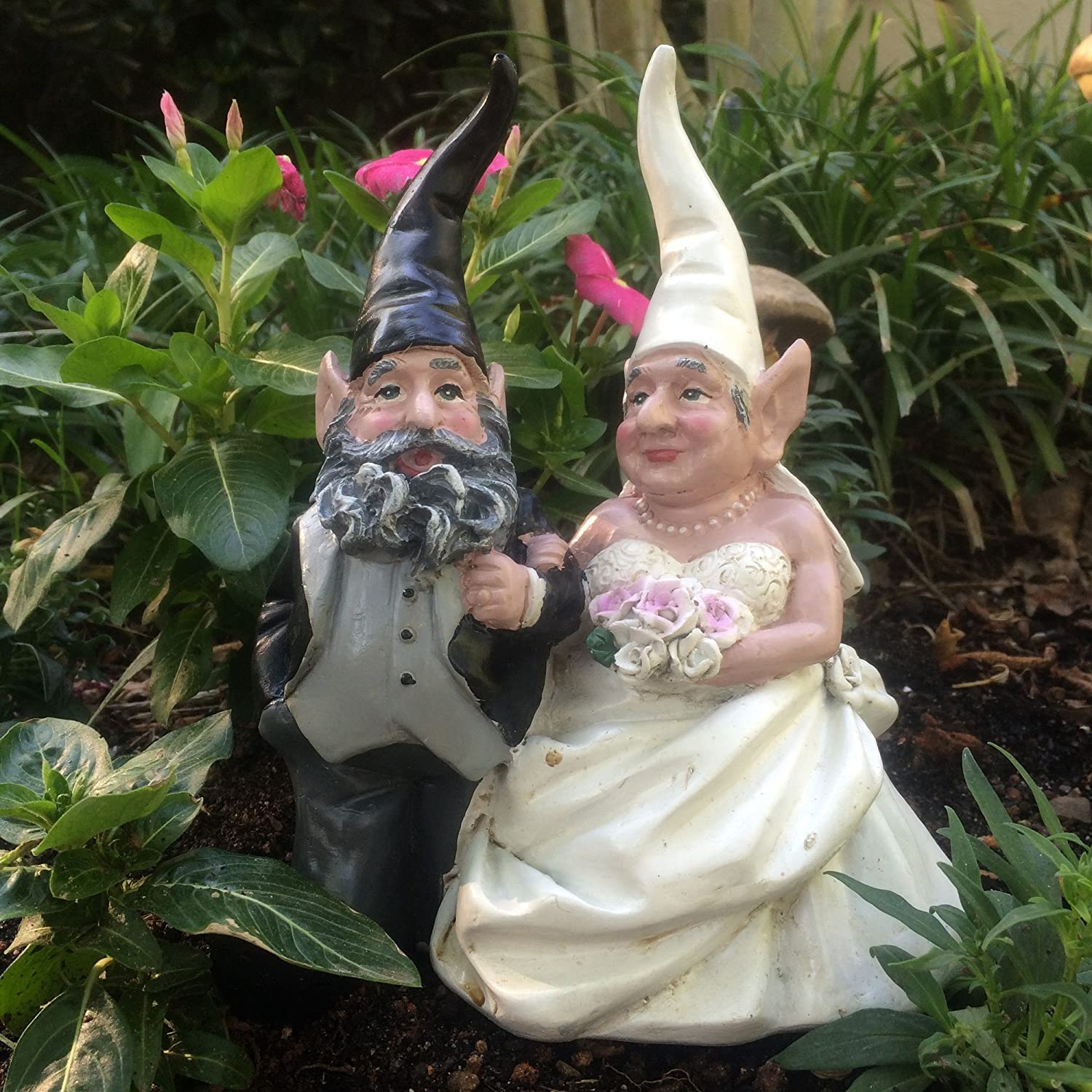 15 Wedding Bride and Groom Love Couple Gnome Home and Garden Statue Figurine
