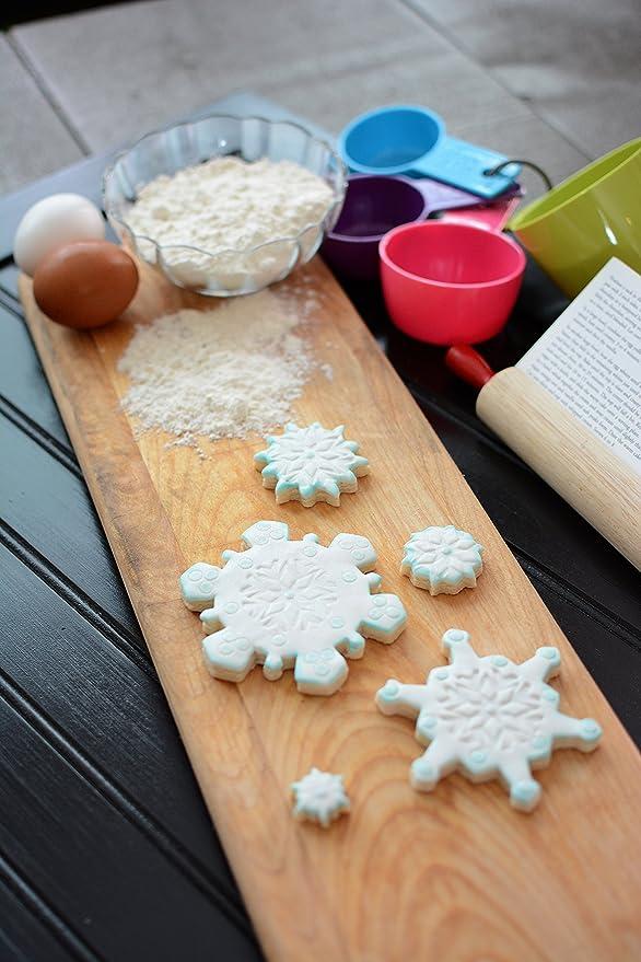 CREATIVE PARTY Snowflake Plastic Cutter Set: Amazon.es ...